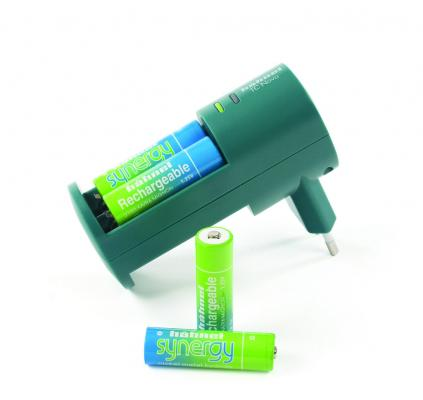 Зарядно устройство Hahnel TC Novo Synergy + батерии AA 4x2100 mAh