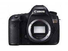 Фотоапарат Canon EOS 5DS тяло + Canon Connect Station CS100