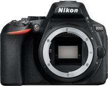 Фотоапарат Nikon D5600 Black тяло + Обектив Nikon AF-S DX Nikkor 35mm f/1.8G + Филтър Praktica UV 52mm