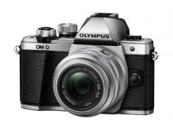 Фотоапарат Olympus OM-D E-M10 Mark II Silver тяло + Обектив Olympus M.Zuiko Digital 14-42mm f/3.5-5.6 II R